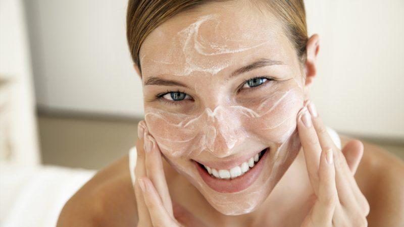 Маска из полисорба для лица: как делать, польза и эффект применения энтеросорбента в уходе за кожей