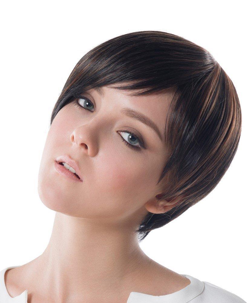 Женская стрижка боб на короткие волосы фото