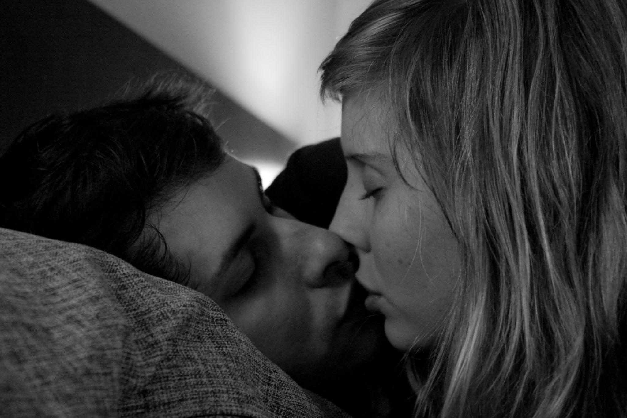 кто картинка целовать любимого работ