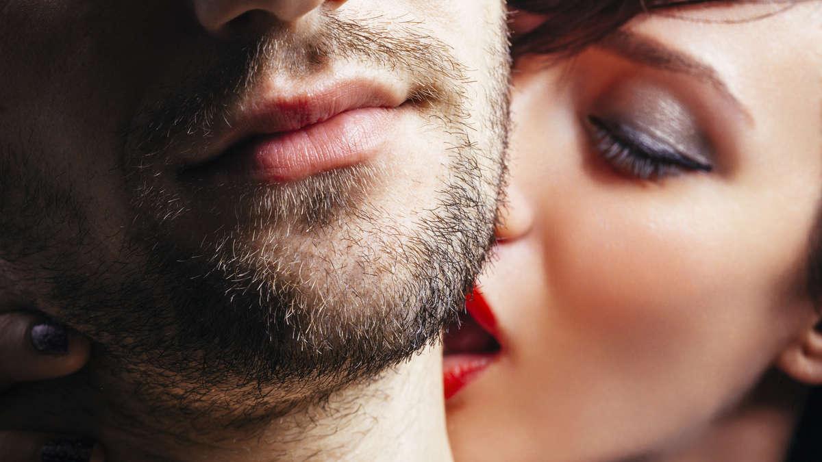 Фото поцелуев между женщинами — img 9