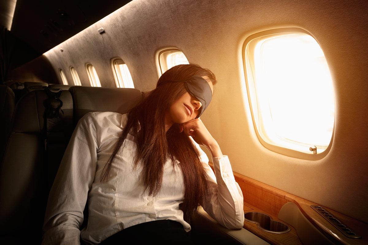 К чему самолет снится - лететь на самолете во сне сонник