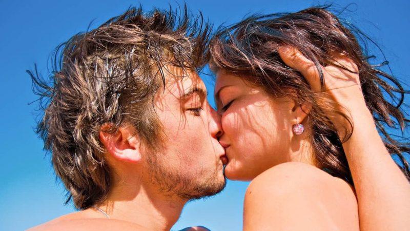 Сонник поцелуй в губы с подругой