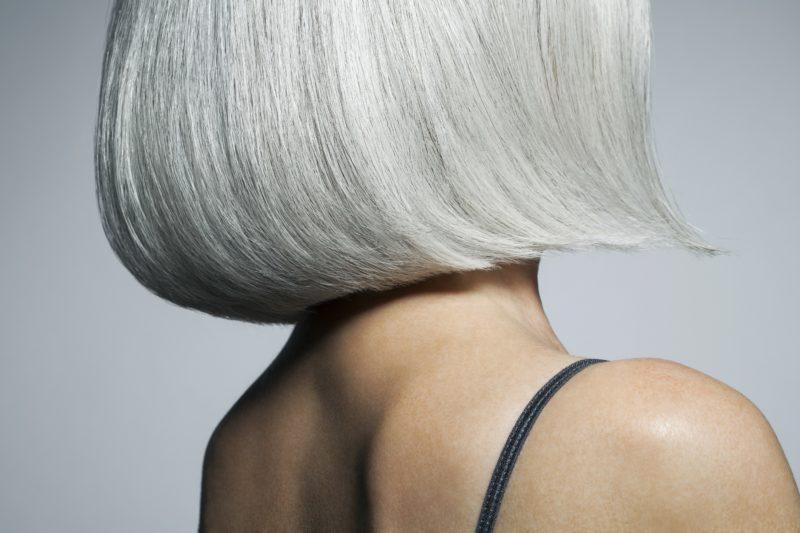 Сонник: седина - к чему снится видеть во сне седые волосы у себя на голове?