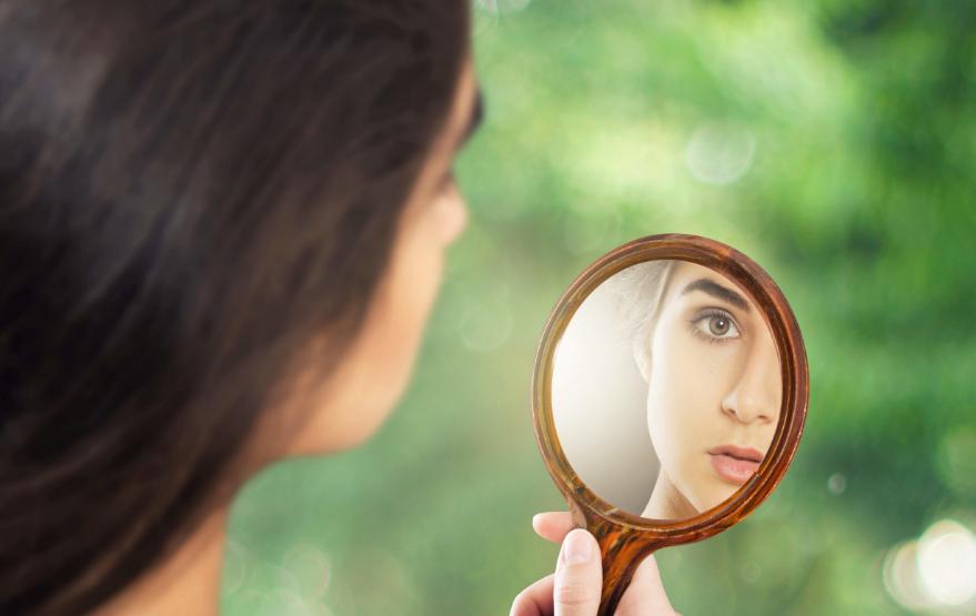Сонник к чему снится зеркало
