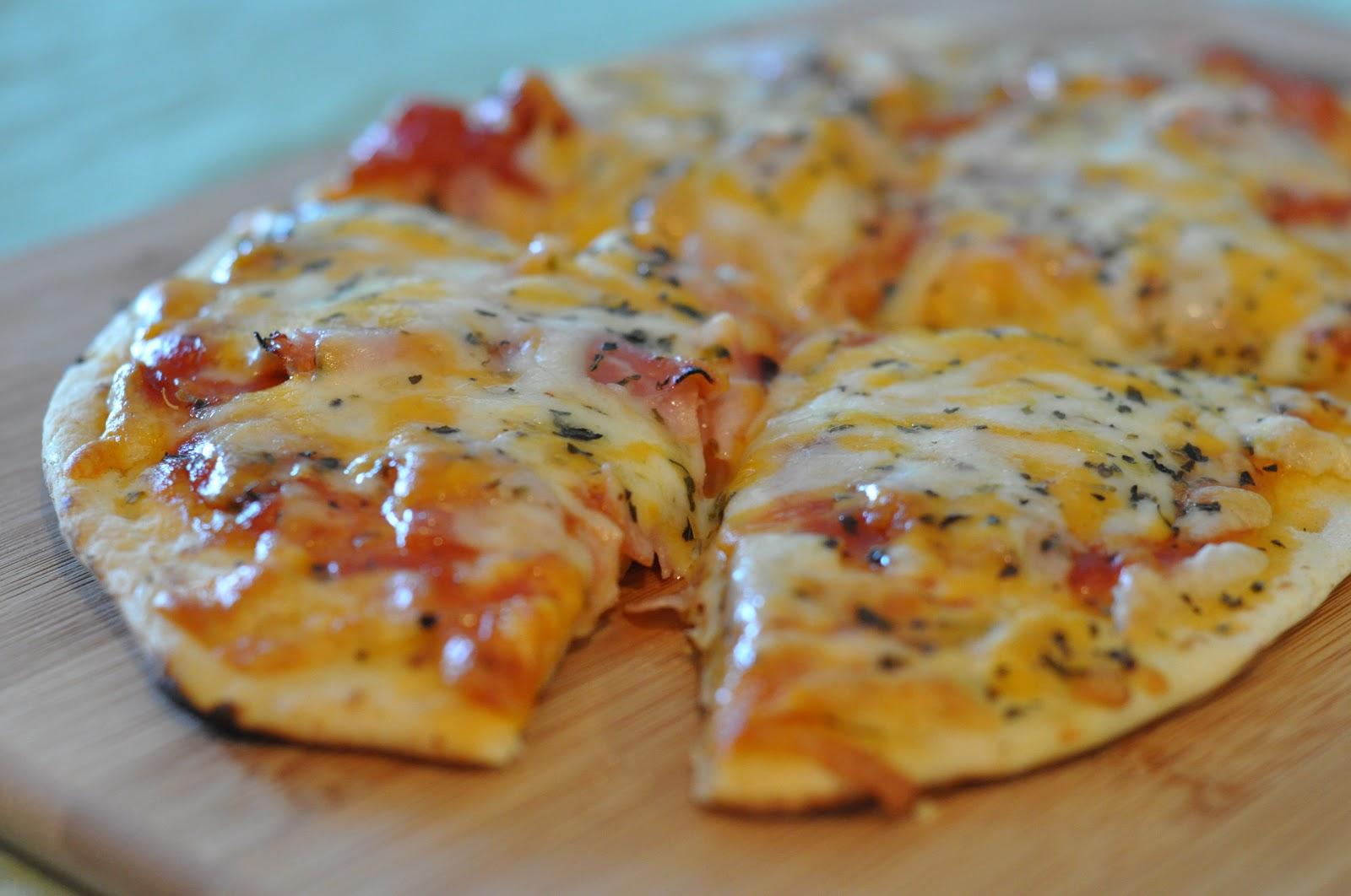 пицца из толстого лаваша рецепт с фото вполне