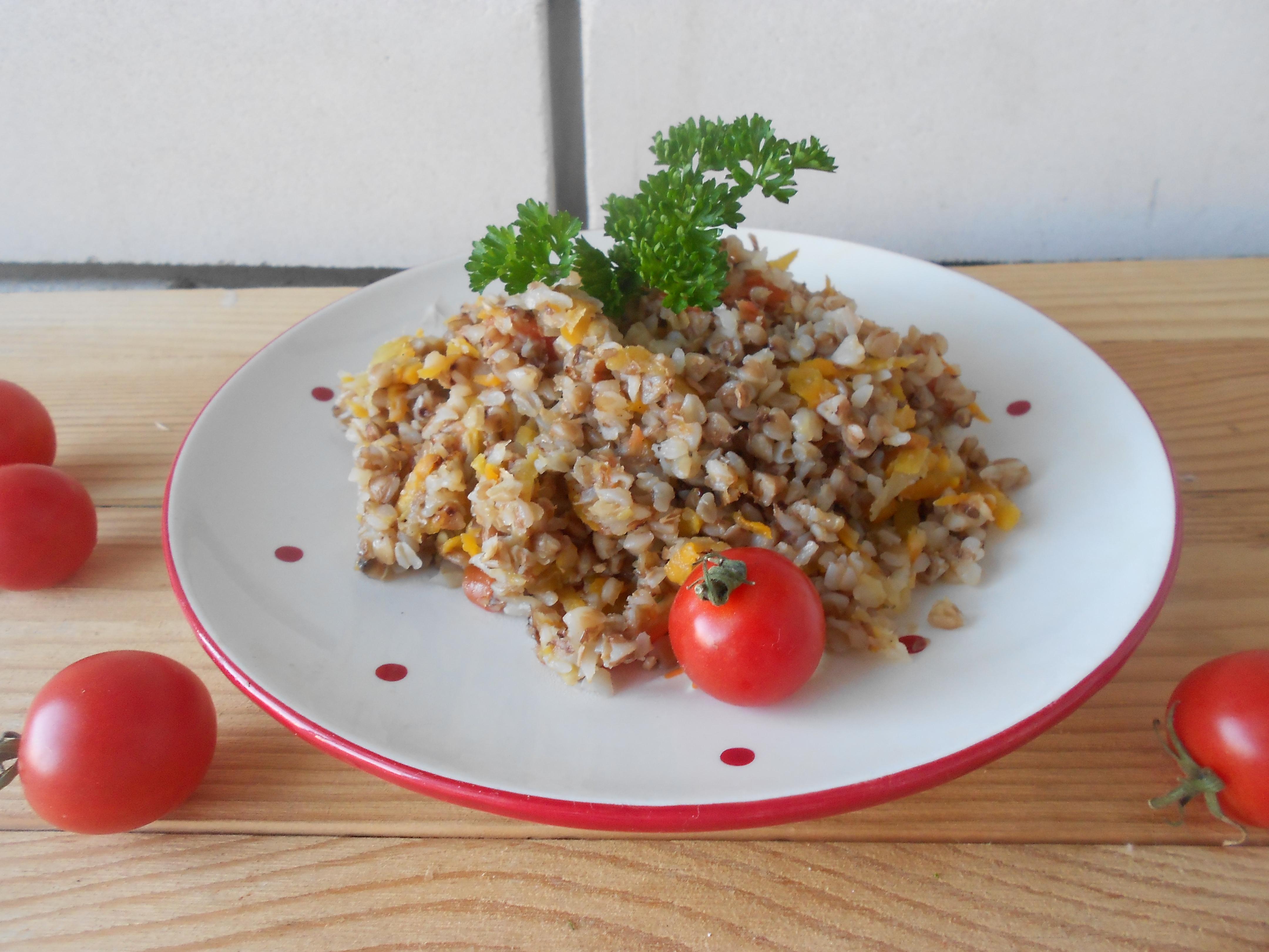 Гречка с морковью и луком - 6 рецептов приготовления на сковороде и в мультиварке