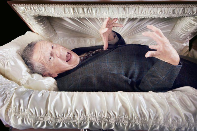 Сонник видеть живого человека мертвым в гробу