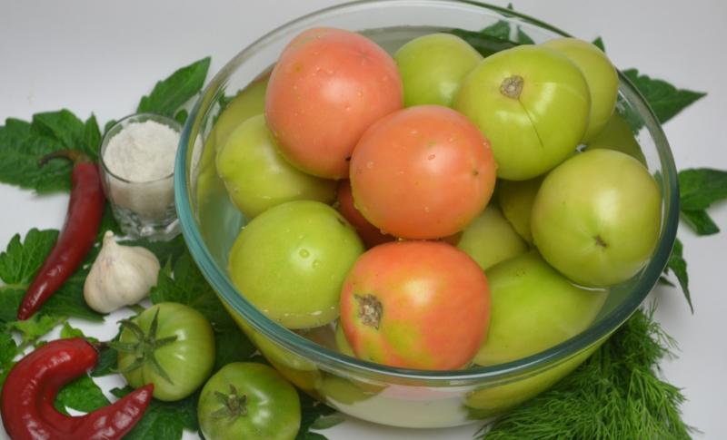 Зеленые помидоры по-грузински - 4 самых вкусных рецептов