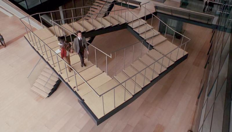 Лестница Пенроуза: как устроена в реальности, в чем секрет бесконечной лестницы