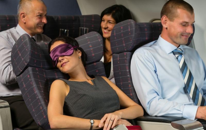 К чему снится лететь на самолете: сонник про полет на самолете