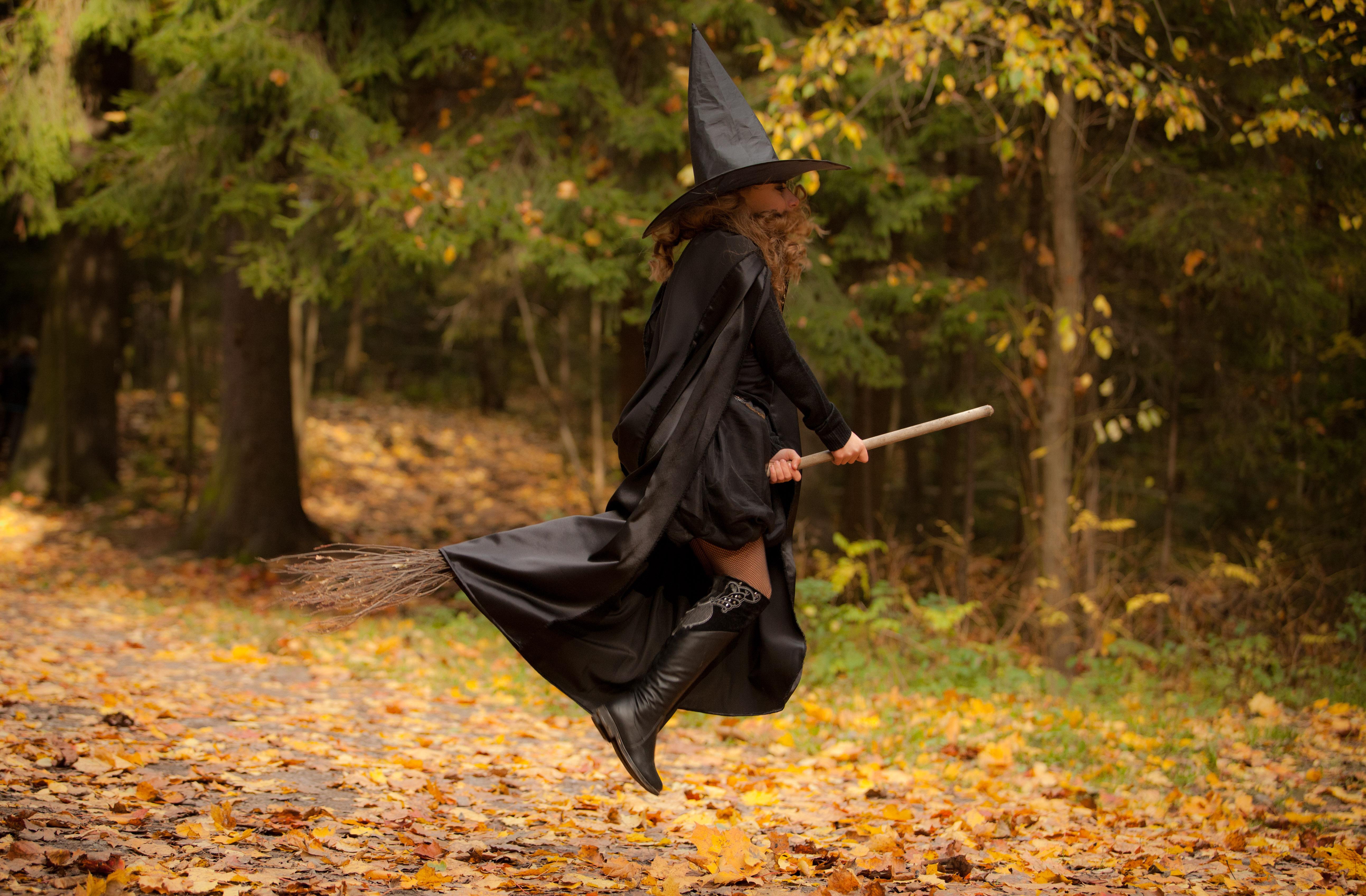 ведьма разводит на фото студенты второго уровня