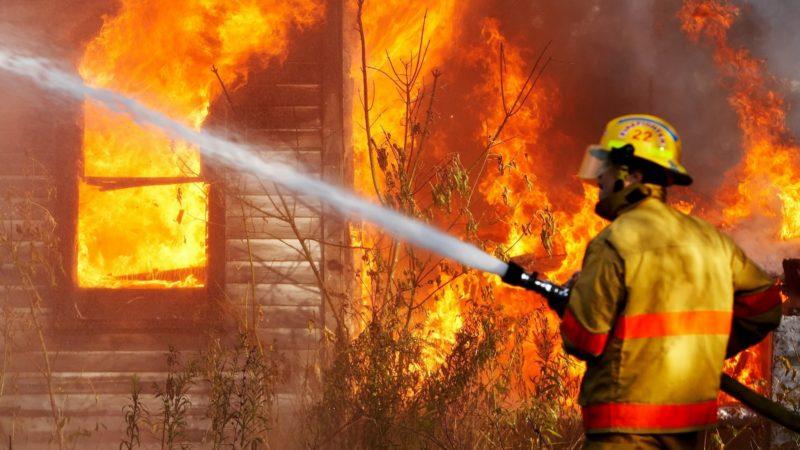 К чему снится тушить пожар - сонник: тушение пожара, огня, пламени во сне