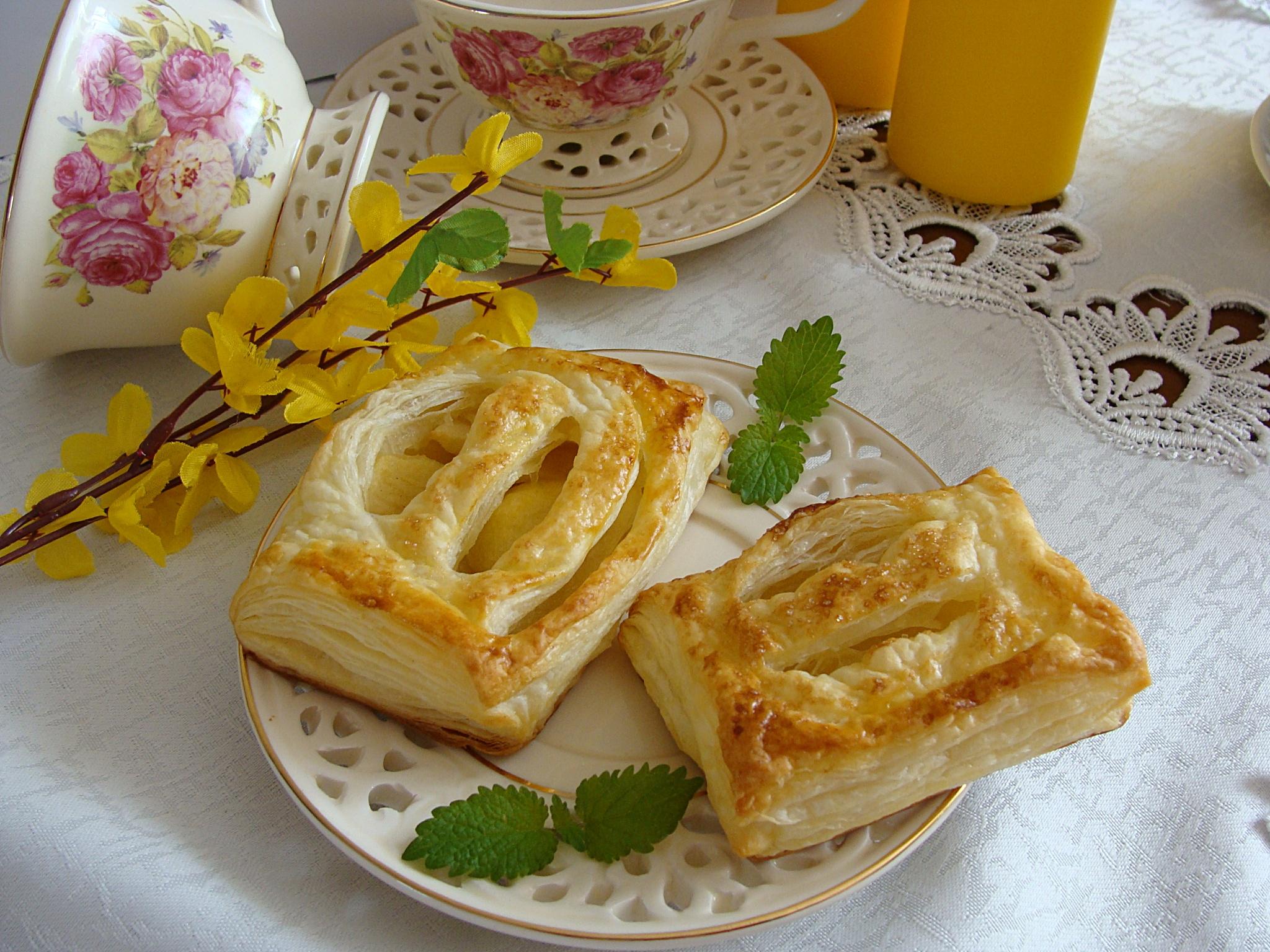слоеное тесто пирожки картинки поздравление днем