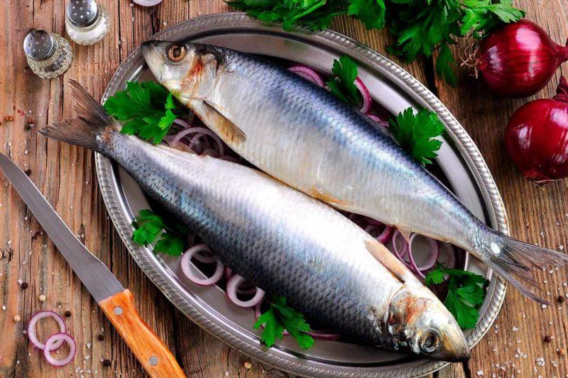 К чему приснилась соленая рыба женщине
