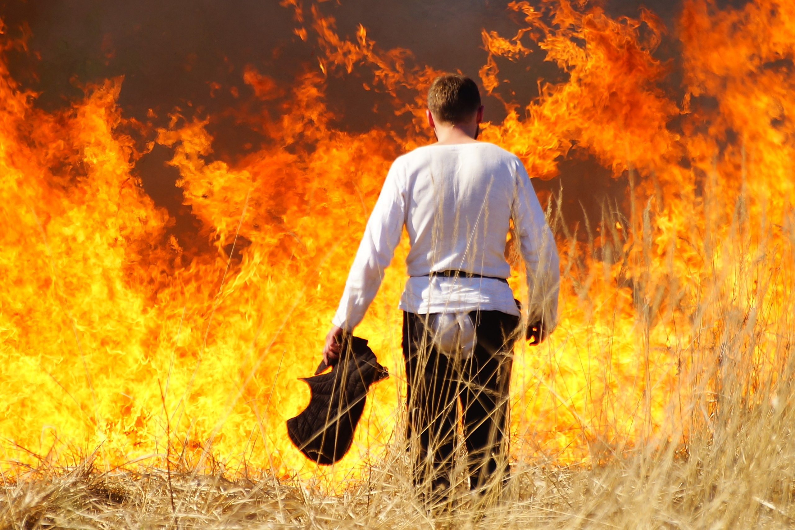 Сонник тушить пожар во сне к чему снится тушить пожар