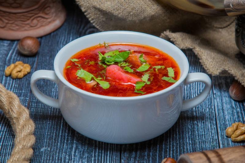 Как варить борщ − 7 правильных рецептов