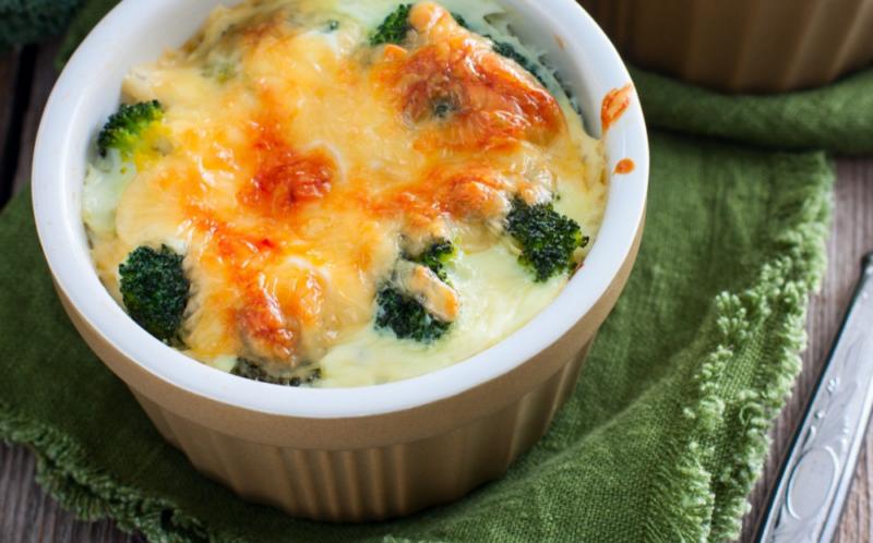 Брокколи в сливочном соусе – 6 рецептов, как приготовить в духовке и на сковороде