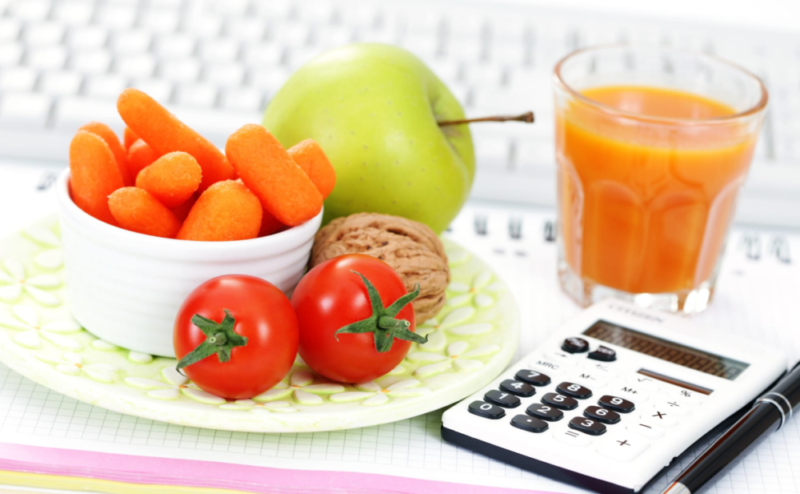 Сколько калорий тратит человек 🚶 в день: расход калорий в состоянии покоя и при физических нагрузках