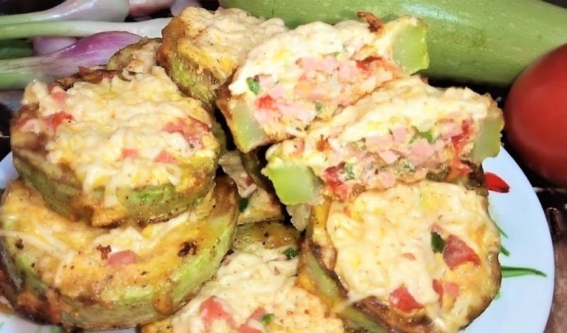 Фаршированные кабачки − 5 рецептов приготовления в духовке и мультиварке
