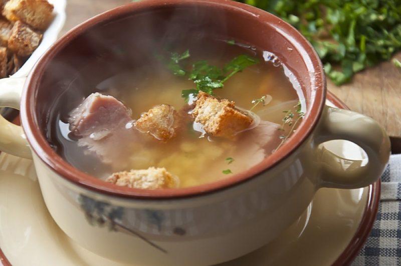 Гороховый суп с копченостями - 6 рецептов, как приготовить вкусное блюдо