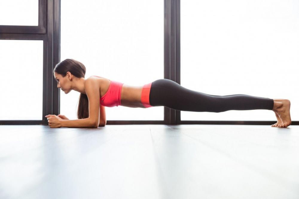 Сколько сжигается калорий планка 4 минуты. Положительные моменты универсального упражнения. Итак, что дает упражнение планка и сколько калорий сжигает