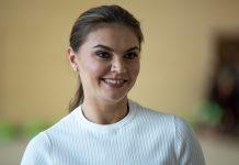 Алина Кабаева родила двойню?