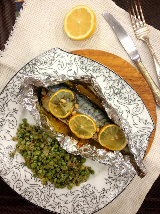 Запеченная рыба прекрасно подойдет для ужина.