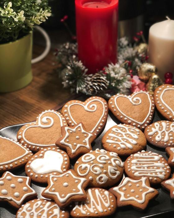 имбирное печенье с медом и корицей в мультиварке