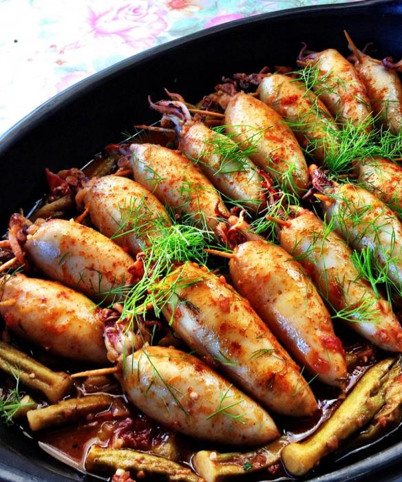 фаршированные кальмары с рисом