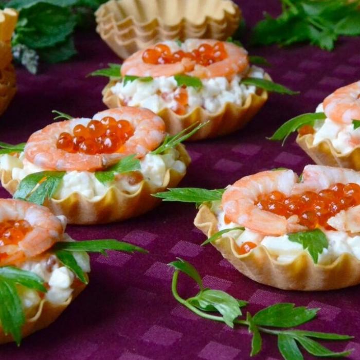 тарталетки с кальмарами и креветками